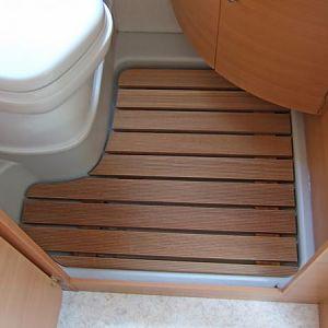 holzrost in der dusche kastenwagen forum. Black Bedroom Furniture Sets. Home Design Ideas